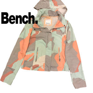 Bench Color Camo Hooded Light Jacket.